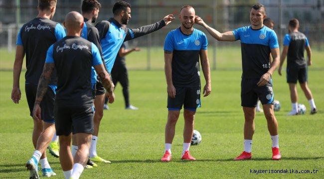 "Çaykur Rizespor Teknik Direktörü Tomas: ""Bize acil 3 puan lazım"""