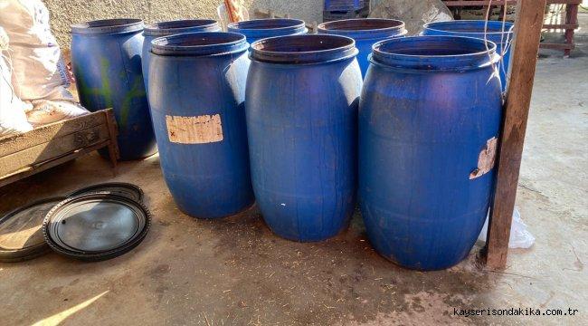 Adana'da 1600 litre sahte içki ele geçirildi