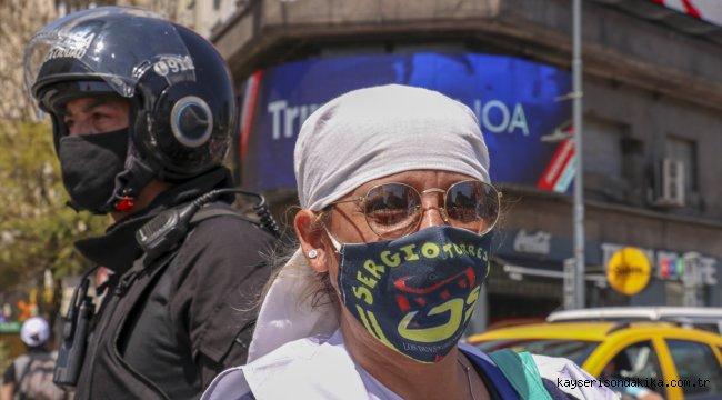 Arjantin'de asgari ücret ve sosyal yardımların artırılması talebiyle gösteri düzenlendi
