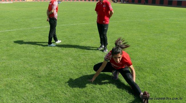 Balkan üçüncüsü 16 yaşındaki milli atletin hedefi 2024 Olimpiyatları'nda altın madalya