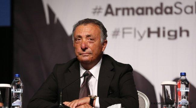 Beşiktaş'ta yeni transferler için basın toplantısı düzenlendi