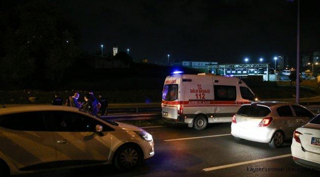 Esenler'de tartıştığı kız arkadaşını silahla ağır yaralayan genç intihar etti
