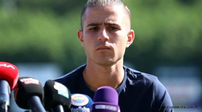 """Fenerbahçe'nin yeni transferi Pelkas: """"Şampiyonluğa ulaşmak için elimizden geleni yapacağız"""""""