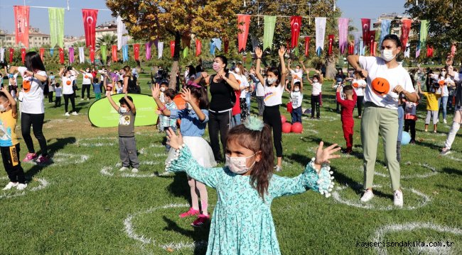 """Gaziantep'te """"Temassız Oyun Şenliği"""" düzenlendi"""