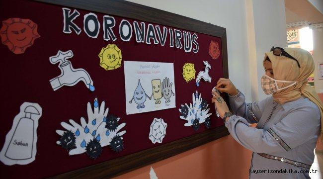 Gönüllü eğitim neferleri öğrencileri için okulu temizledi