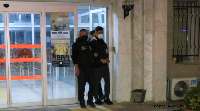 GÜNCELLEME 2 - Isparta'da 23 yaşındaki kadın bıçaklanarak öldürüldü