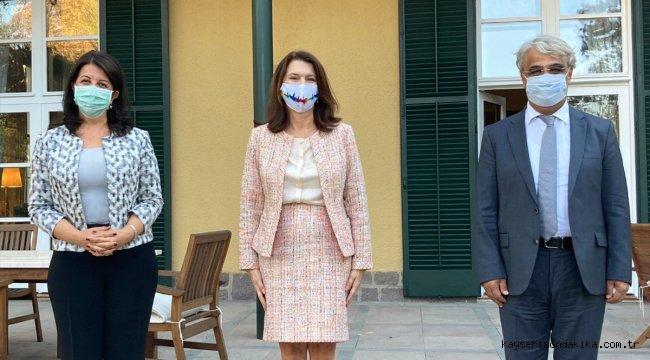 HDP Eş Genel başkanlarından İsveç Dışişleri Bakanı Linde'ye ziyaret