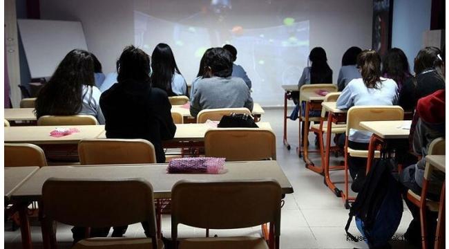 İlkokul 2,3, 4. sınıflar, orta okul 8. ve lise 12. sınıflar da yüz yüze eğitime geçilecek