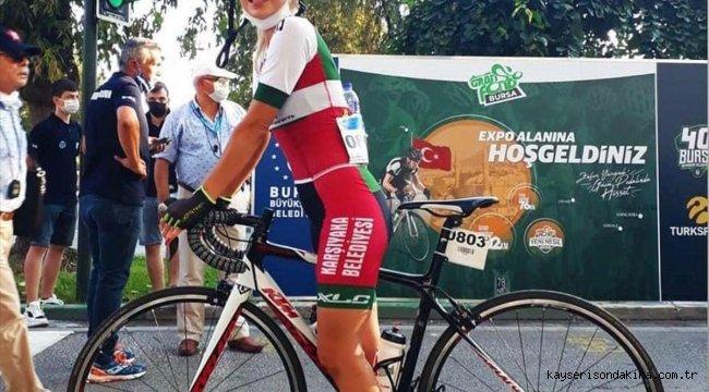 İzmir'de antrenman yaparken kamyon çarpan bisiklet sporcusu kadın öldü
