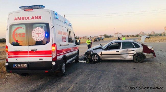 Karaman'da tarım işçilerini taşıyan minibüs ile otomobil çarpıştı: 11 yaralı