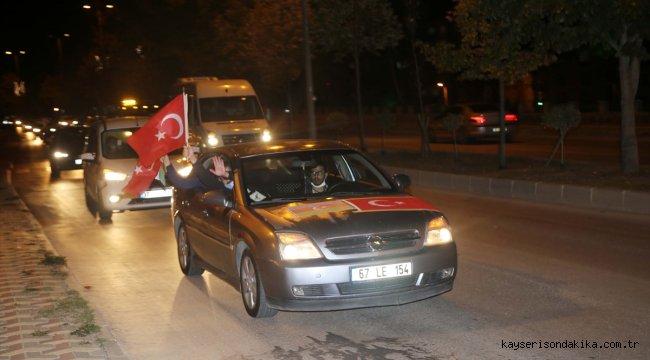 """Kastamonu'da Azerbaycan'a """"Gardaşlık zamanı"""" konvoyu desteği"""