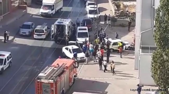 Kayseri'de çaldıkları otomobille kaza yapan hırsızlar yakalandı!