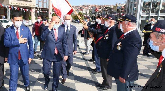 Keçiörenliler Ankara'nın başkent oluşunun 97'nci yılını kutladı