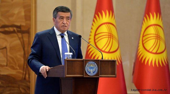 Kırgızistan parlamentosu Cumhurbaşkanı Ceenbekov'un istifasını kabul etti