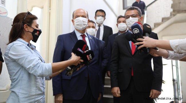 KKTC Başbakanı ve Cumhurbaşkanı Adayı Tatar, Cumhuriyetçi Türk Partisini ziyaret etti: