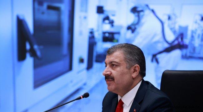 """Koca: """"Türkiye olarak pandemideki mücadelemizi vaka-hasta kavramlarına indirgeyerek gölgelemeyelim."""""""