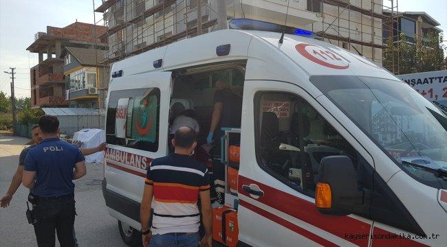 Kocaeli'de halatın kopması sonucu asansör boşluğuna düşen 2 işçi yaralandı