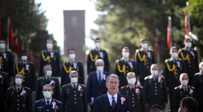 Milli Savunma Bakanı Akar'dan Ermenistan'a tepki: