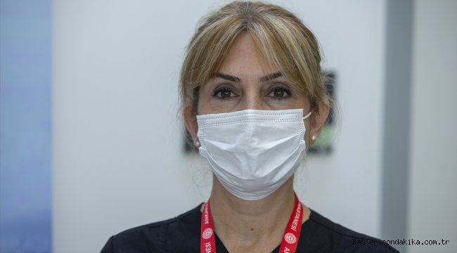 Sağlık Bilimleri Üniversitesi Rektör Yardımcıları Kovid-19 aşı denemesi için gönüllü oldu