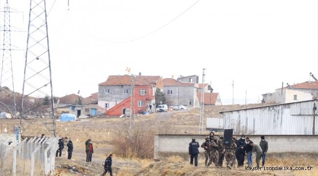 Kayseri'de tüfekle havaya rastgele ateş eden şüpheli özel harekat polislerince yakalandı