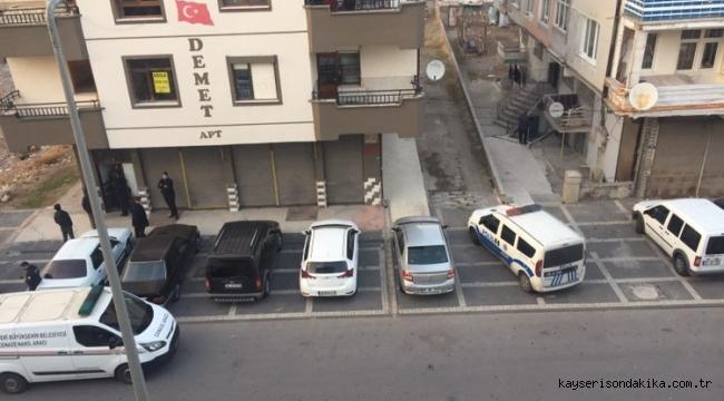 Kayseri Fevzi Çakmak Mahallesinde 1 kişi evinde ölü bulundu