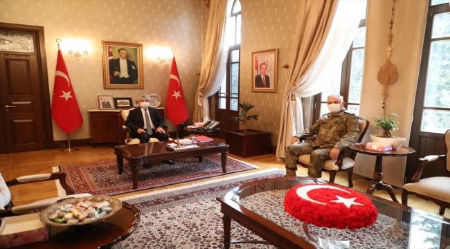 2. Ordu Komutanı Orgeneral Metin Gürak'tan, Hatay Valisi Rahmi Doğan'a ziyaret