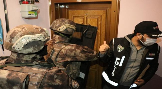 Balıkesir ve Bursa'da FETÖ operasyonunda 5 şüpheli gözaltına alındı