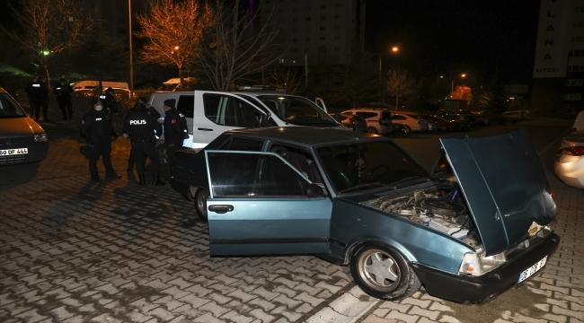Başkentte kovalamaca sonucu yakalanan otomobil sürücüsüne yaklaşık 10 bin lira ceza uygulandı