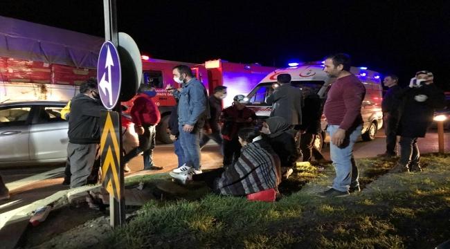 GÜNCELLEME - Sakarya'da ambulansın da karıştığı zincirleme trafik kazası: 8 yaralı