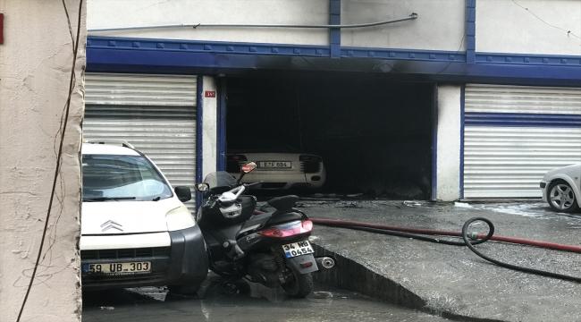 İstanbul'da oto tamirhanesinde yangın