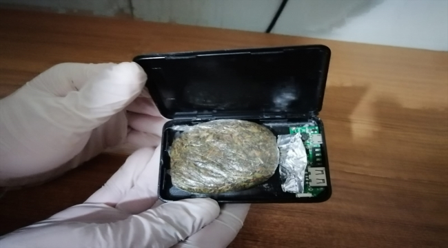 Kahramanmaraş'ta taşınabilir şarj cihazının içine gizlenmiş uyuşturucu bulundu