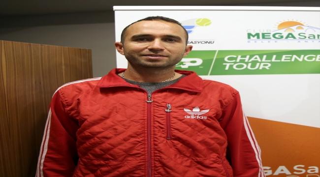 Marsel İlhan, Türkiye'ye vefasını yetiştireceği yıldız tenisçilerle göstermek istiyor