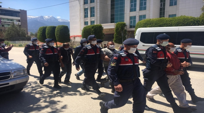 Denizli'de hırsızlık şebekesine yönelik operasyonda 4 kişi gözaltına alındı