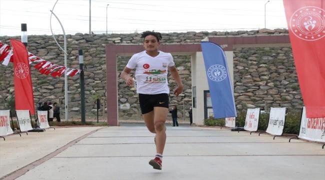 Şanlıurfa'da Kurtuluş Koşusu 450 sporcunun katılımıyla gerçekleşti