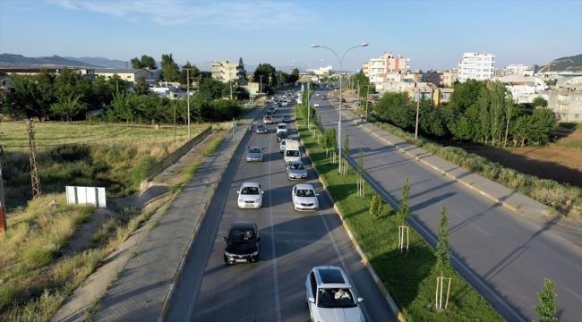 Adıyaman'da İsrail'in Filistinlilere saldırıları konvoy oluşturularak protesto edildi