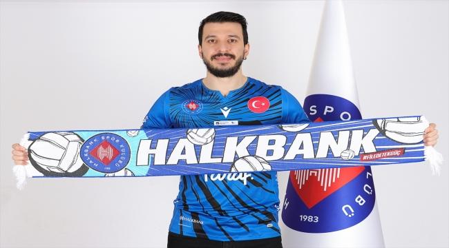 Halkbank Erkek Voleybol Takımı, tecrübeli pasörü Aslan Ekşi ile sözleşme yeniledi