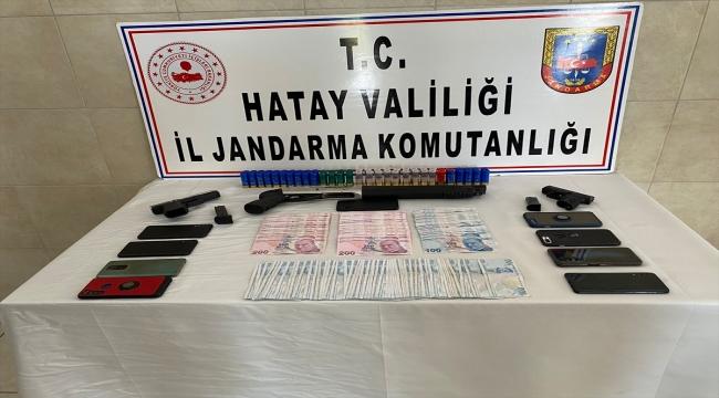 Hatay'da göçmen kaçakçılığı yaptıkları iddiasıyla 8 zanlı tutuklandı