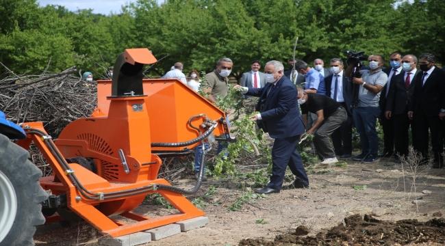Tarım ve Orman Bakan Yardımcısı Tunç, Malatya'da tarım ve hayvancılık tesislerini ziyaret etti