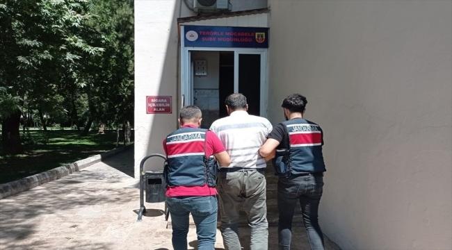 Adıyaman'da teröristlere kıyafet yardımı yaptığı iddiasıyla gözaltına alınan şüpheli tutuklandı