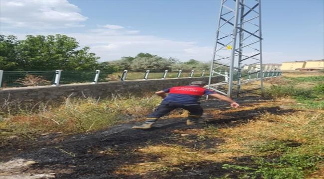 Bingöl'de leyleğin elektrik akımına kapılmasıyla çıkan yangın söndürüldü