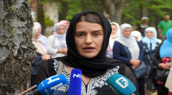 Bosna'daki savaşta kurşuna dizilen Srebrenitsalı 6 genç dualarla anıldı