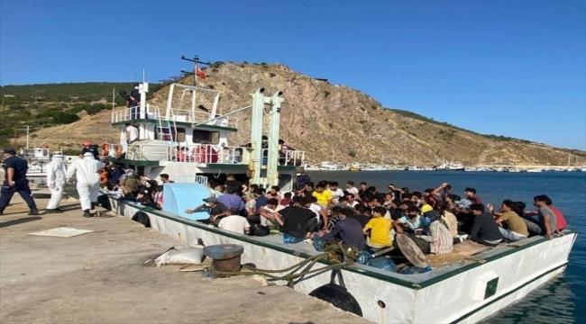 Çanakkale açıklarında 231 düzensiz göçmen ve 2 göçmen kaçakçısı şüphelisi yakalandı