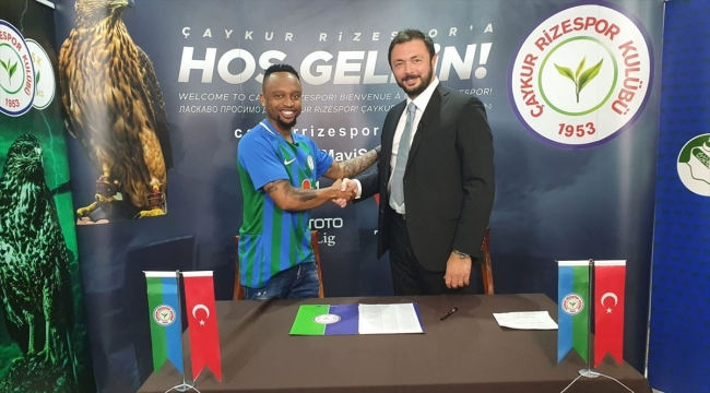 Çaykur Rizespor, Lebogang Phiri ile 3 yıllık sözleşme imzaladı