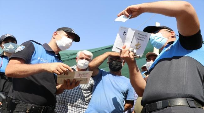 """Elazığ'da polis ekipleri, besicileri ve vatandaşları """"sahte paraya"""" karşı uyardı"""