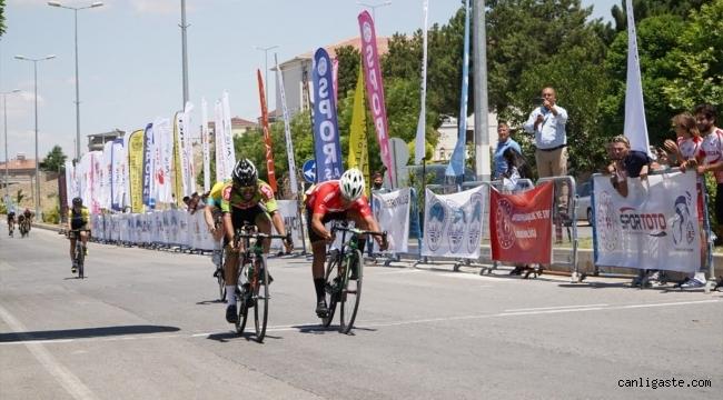 Erciyes 2021 Yol Bisikleti Yarışları, Ağırnas etabı tamamlandı