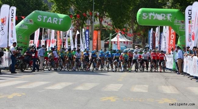 Erciyes 2021 Yol Bisikleti Yarışları'nın Grand Prix Develi etabı tamamlandı