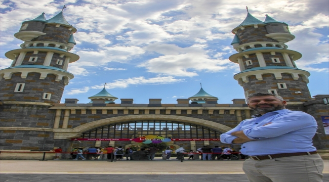 İsfanbul Tema Park eğlenceseverlerle yeniden buluştu