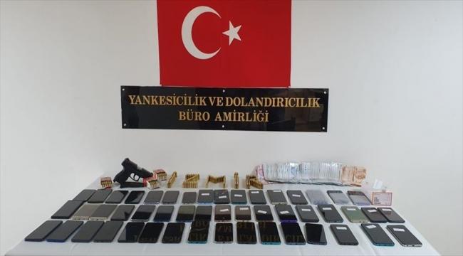 İzmir'de hırsızlık çetesine yönelik operasyonda yakalanan 14 zanlı tutuklandı
