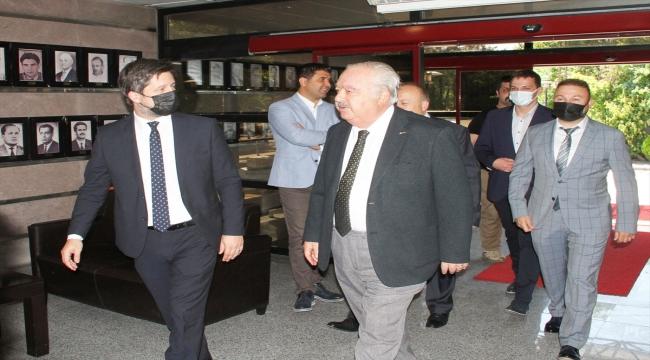 Macaristan'ın Ankara Büyükelçisi Viktor Matis, Gençlerbirliği Kulübüne ziyarette bulundu