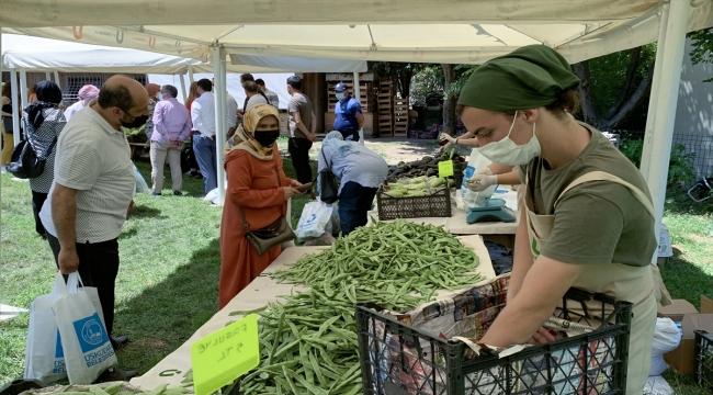 Üsküdar'da köy pazarı açıldı